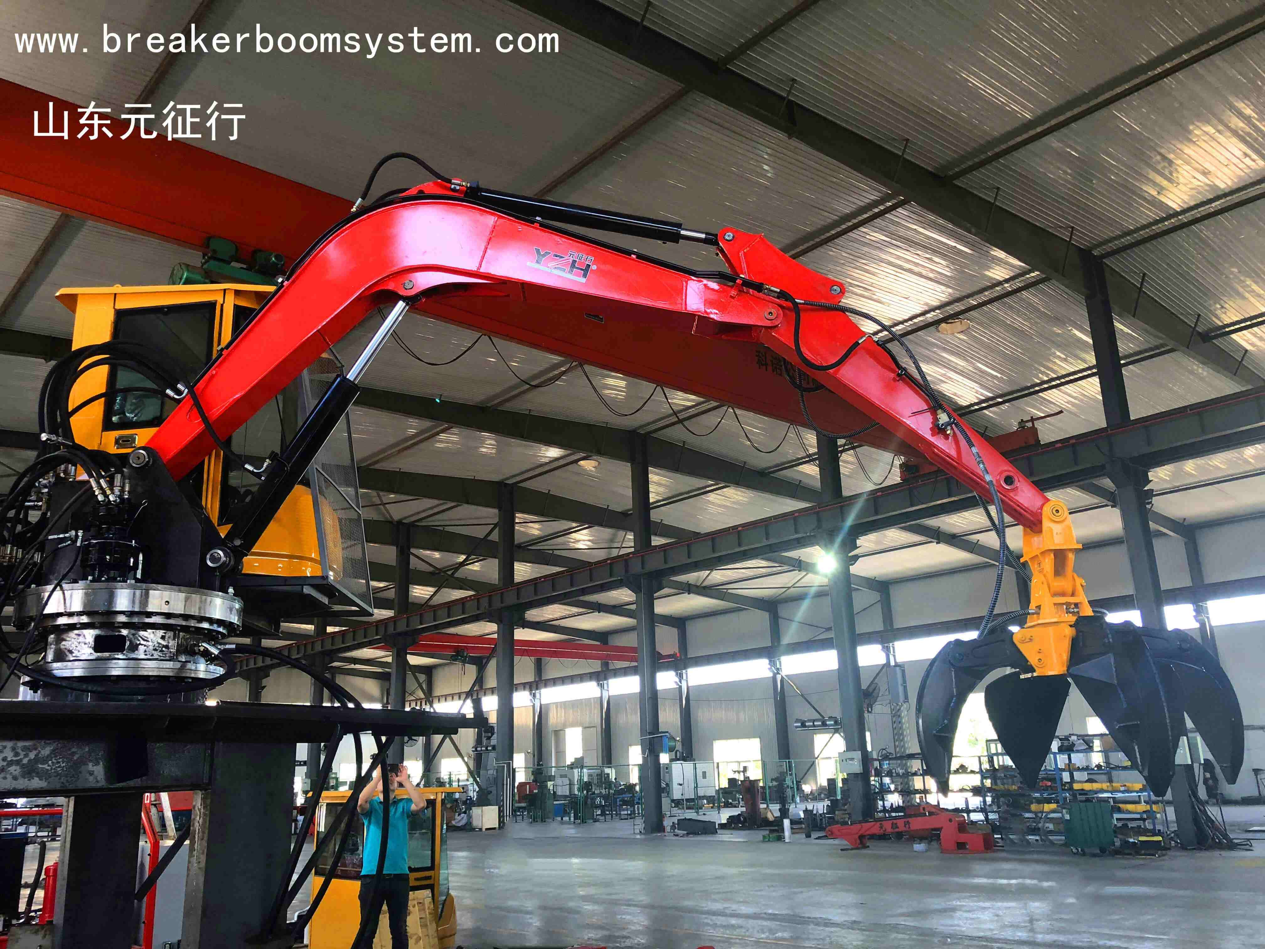 electric hydraulic grab crane with working arm for municipal waste plant